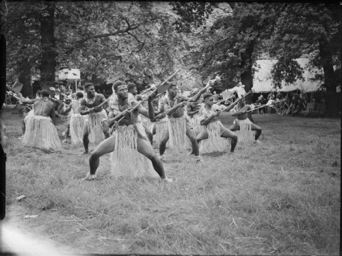 Fiji hisory 1946, Fiji contingent at Kensington for farewell