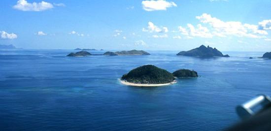 Fiji resorts are tucked away here at the Mamanuca Islands Fiji