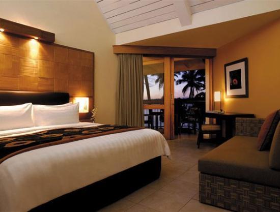 Shangri La Fiji guest room