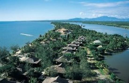 Sonaisali resort is close to Nadi airport