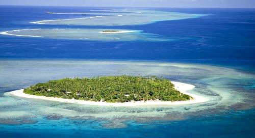 Tavarua island Fiji vacation packages