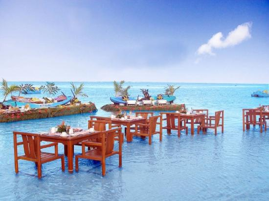 Special dining at The Warwick Resort Fiji