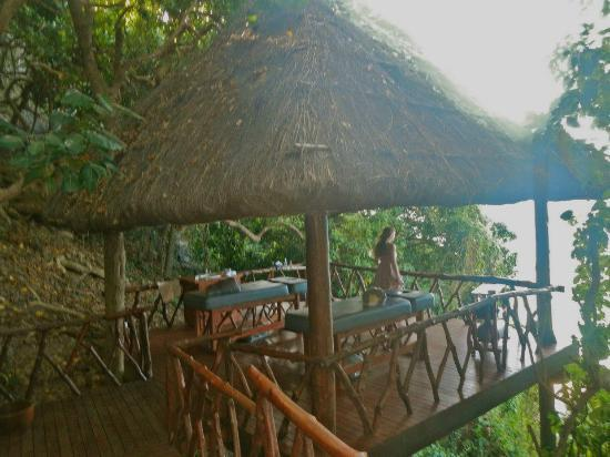 The gorgeous Veidomoni Spa at Matamanoa Island Resort Fiji