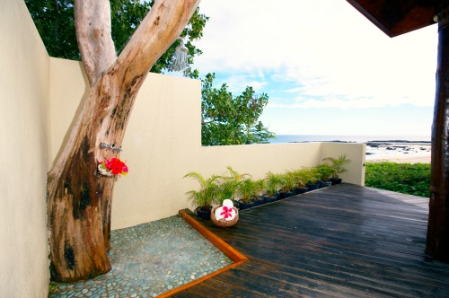 A Fiji honeymoon private outdoor shower at Yasawa Beach & Spa