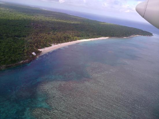 Vatulele Island Resort along the beach