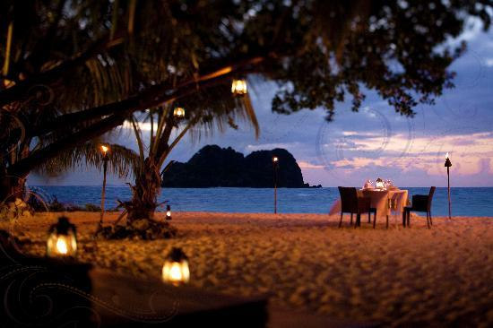 Private dining on Vomo Island Fiji