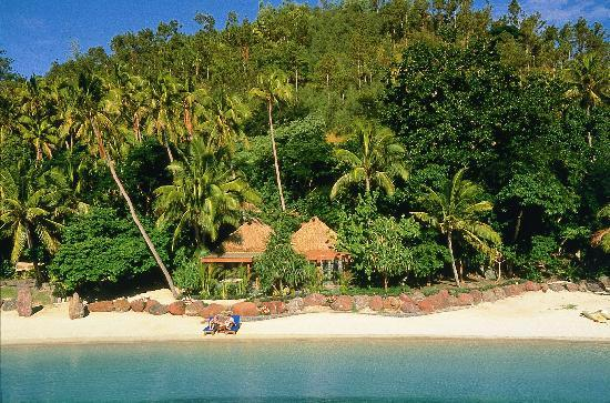 Turtle Island Resort Fiji bure