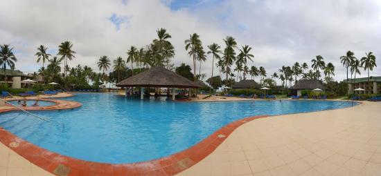 Naviti Fiji resort pool
