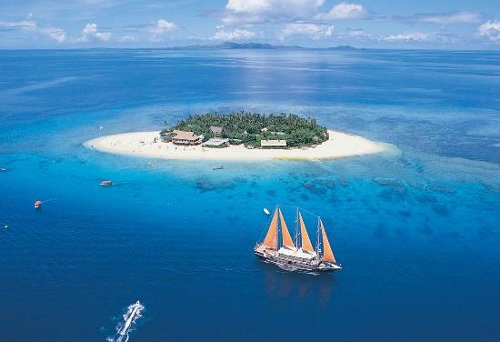 Beachcomber Island Fiji vacation packages