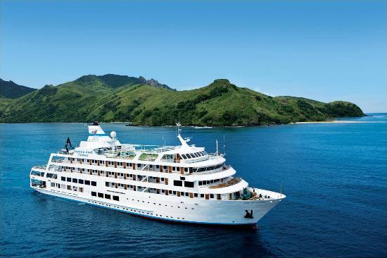 Captain Cook Cruises - Fiji Cruises