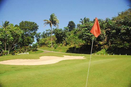 The Pearl South Pacific hotel is one of the Fiji golf resorts