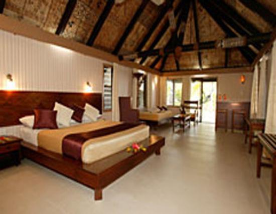 Matamanoa Island Resort bure interior, a great Fiji honeymoon option