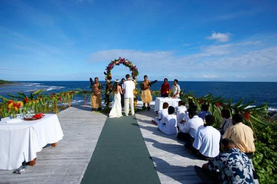A Fiji wedding ceremony at Namale Resort & Spa