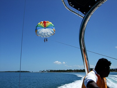 parasailing on Denarau Island on a Fiji holiday