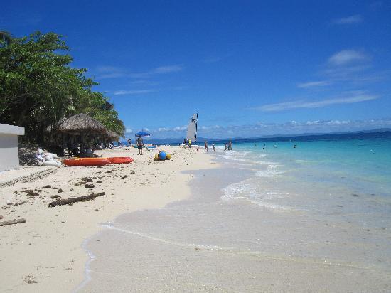 Treasure Island Fiji beach activities