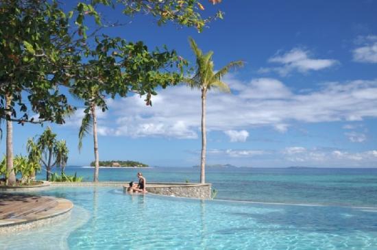 Treasure Island Fiji with Beachcomber Island in the distance